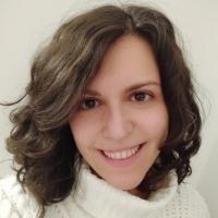 Veronica Diez Diaz instructor for Transmitting Science